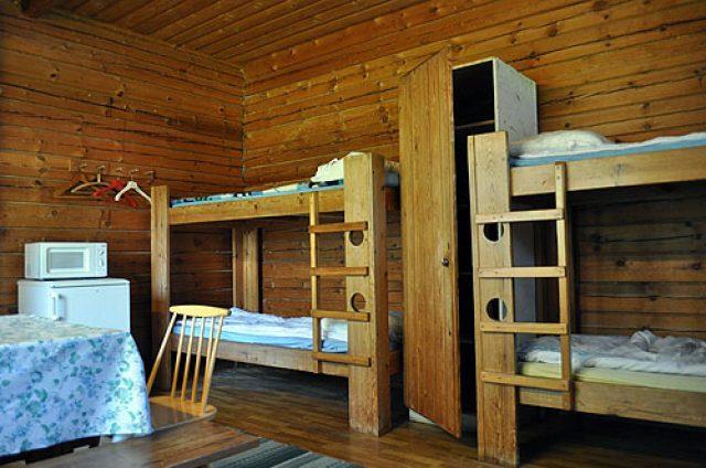 Nelipirtti shared room for 5 people